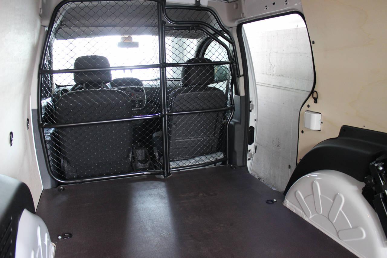 mietfahrzeuge garage dubach. Black Bedroom Furniture Sets. Home Design Ideas