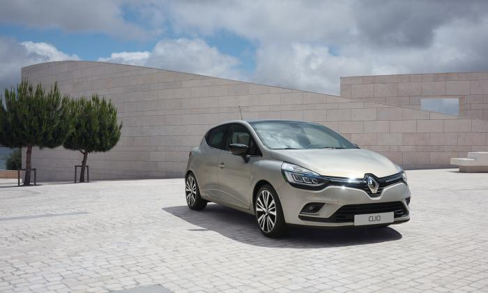 Renault Clio Silber